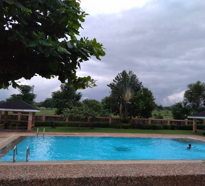 metrogate-gate-new-city-swimming-pool